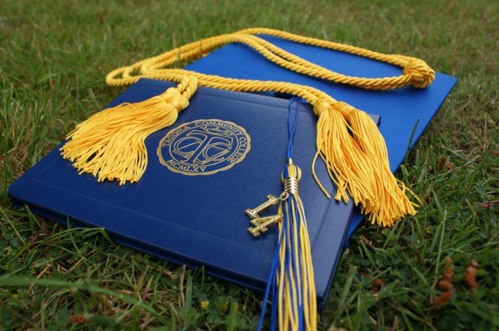 graduation-907565